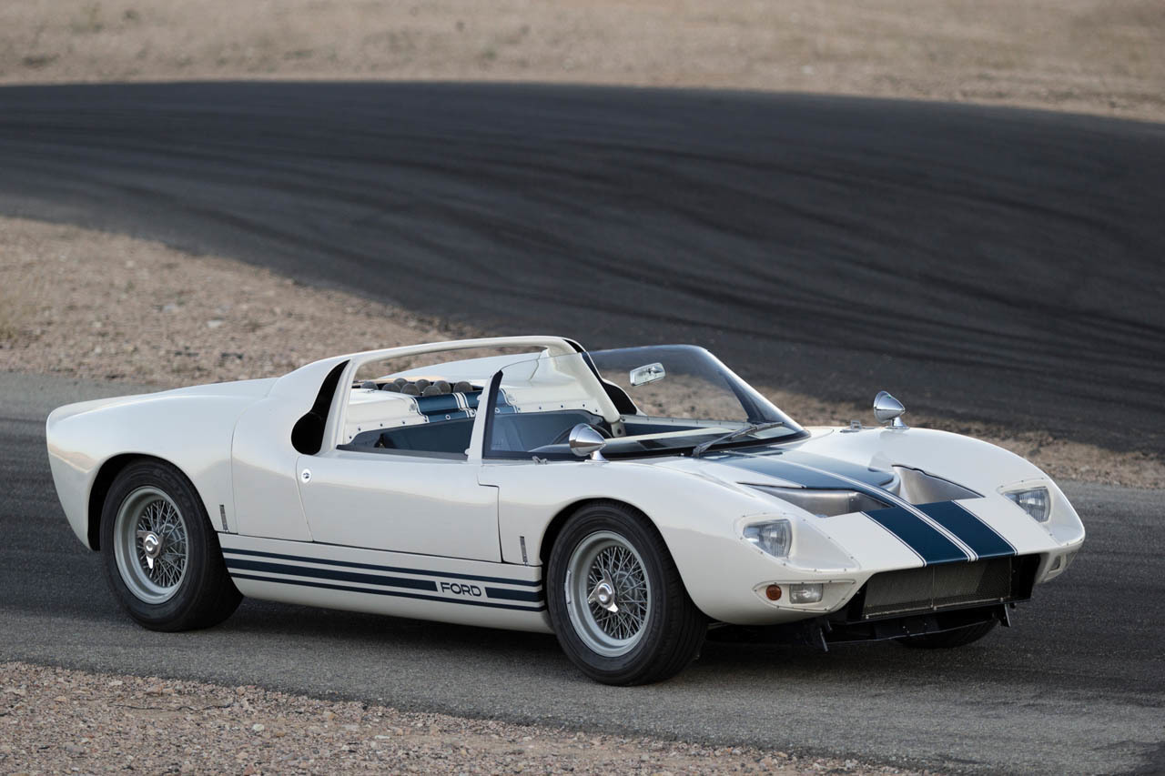 Dsg Mustang >> 1965 Ford GT40 Roadster Prototype In Detail: Video