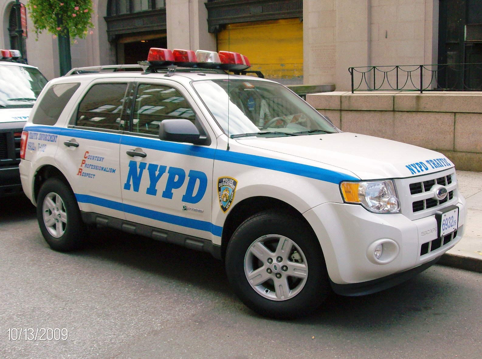 2009 Ford Escape Hybrid Used By Nypd Traffic Unit By