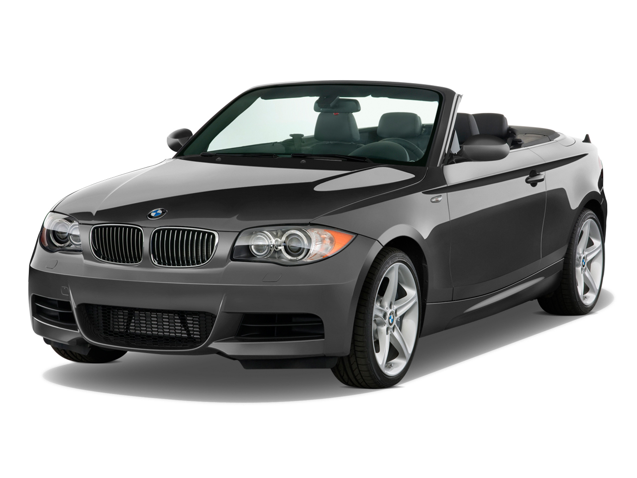 2011 Bmw 1 Series 2 Door Convertible 135i Angular Front