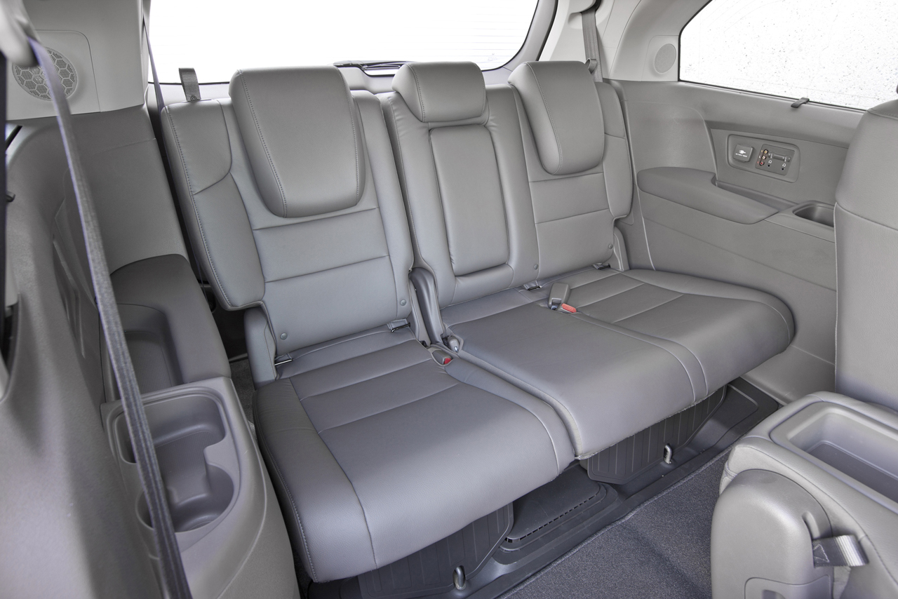 Vehicles With 3rd Row Seating That Gets Good Gas Mileage | Autos Post