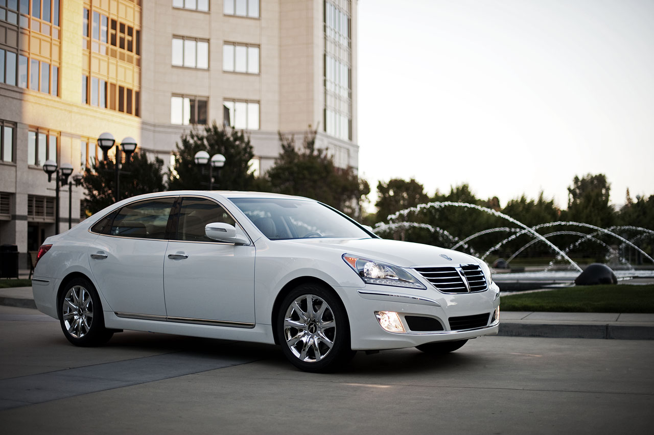 2011 hyundai equus priced from 58 000. Black Bedroom Furniture Sets. Home Design Ideas