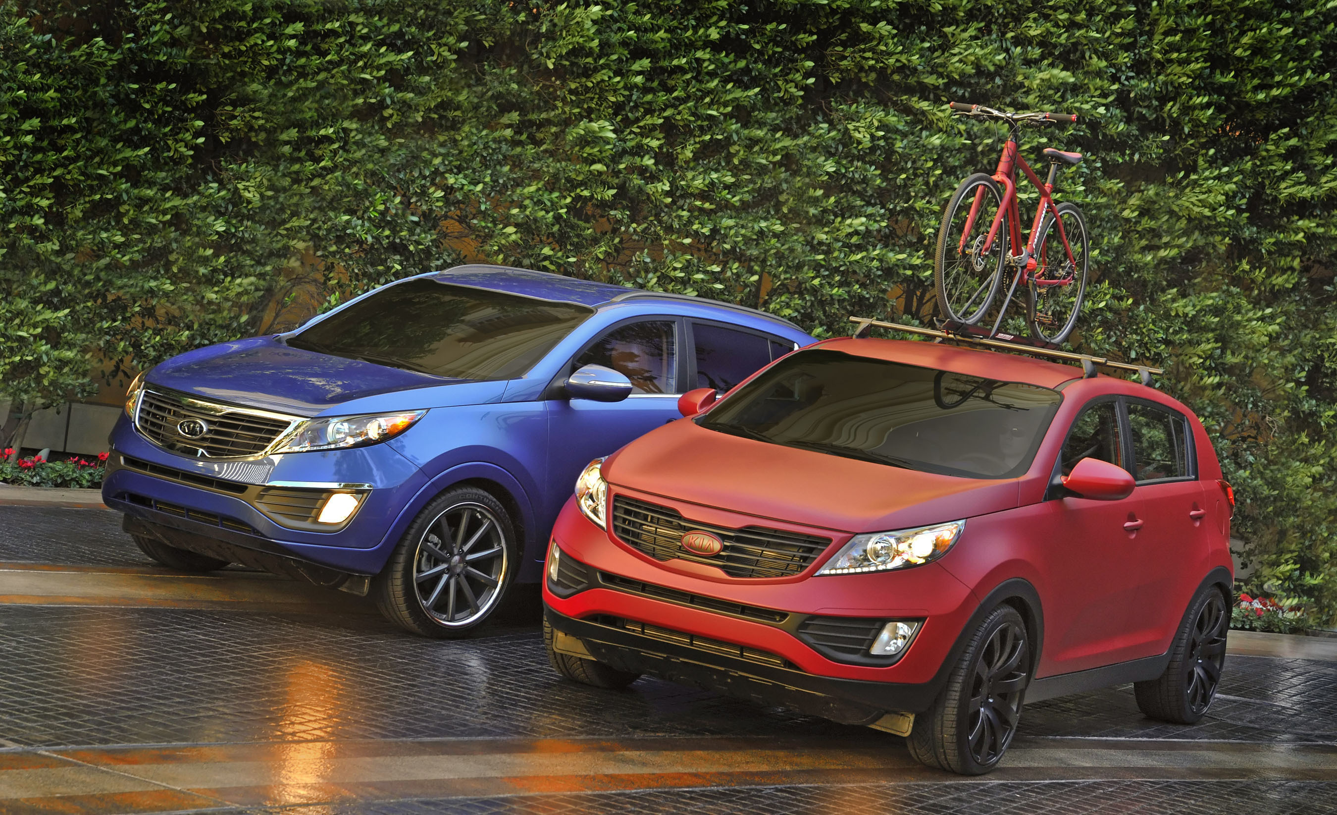 2010 Sema Preview Kia Work And Play 2011 Sportage Duo