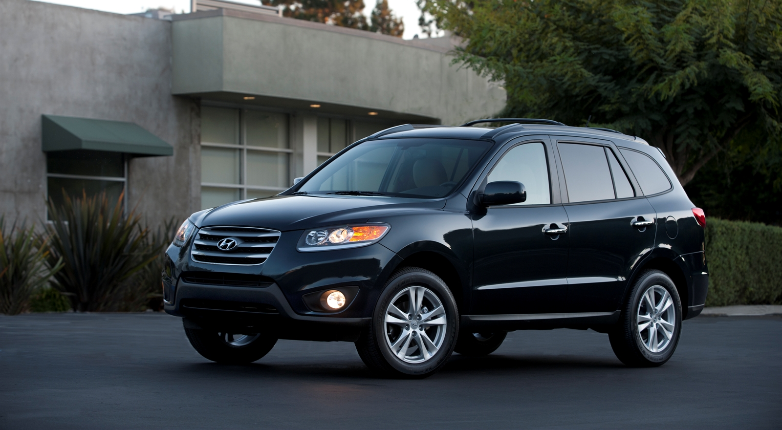 2013 hyundai santa fe confirmed for 2012 new york auto show. Black Bedroom Furniture Sets. Home Design Ideas