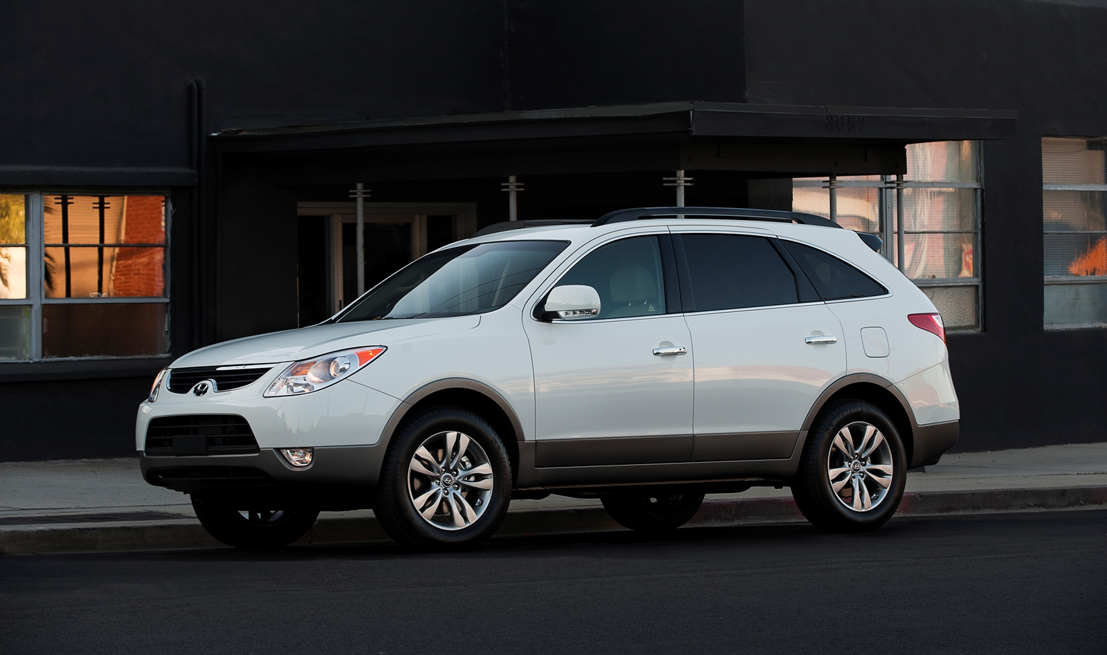 2012 Hyundai Veracruz Review, Ratings, Specs, Prices, and Photos - The Car Connection