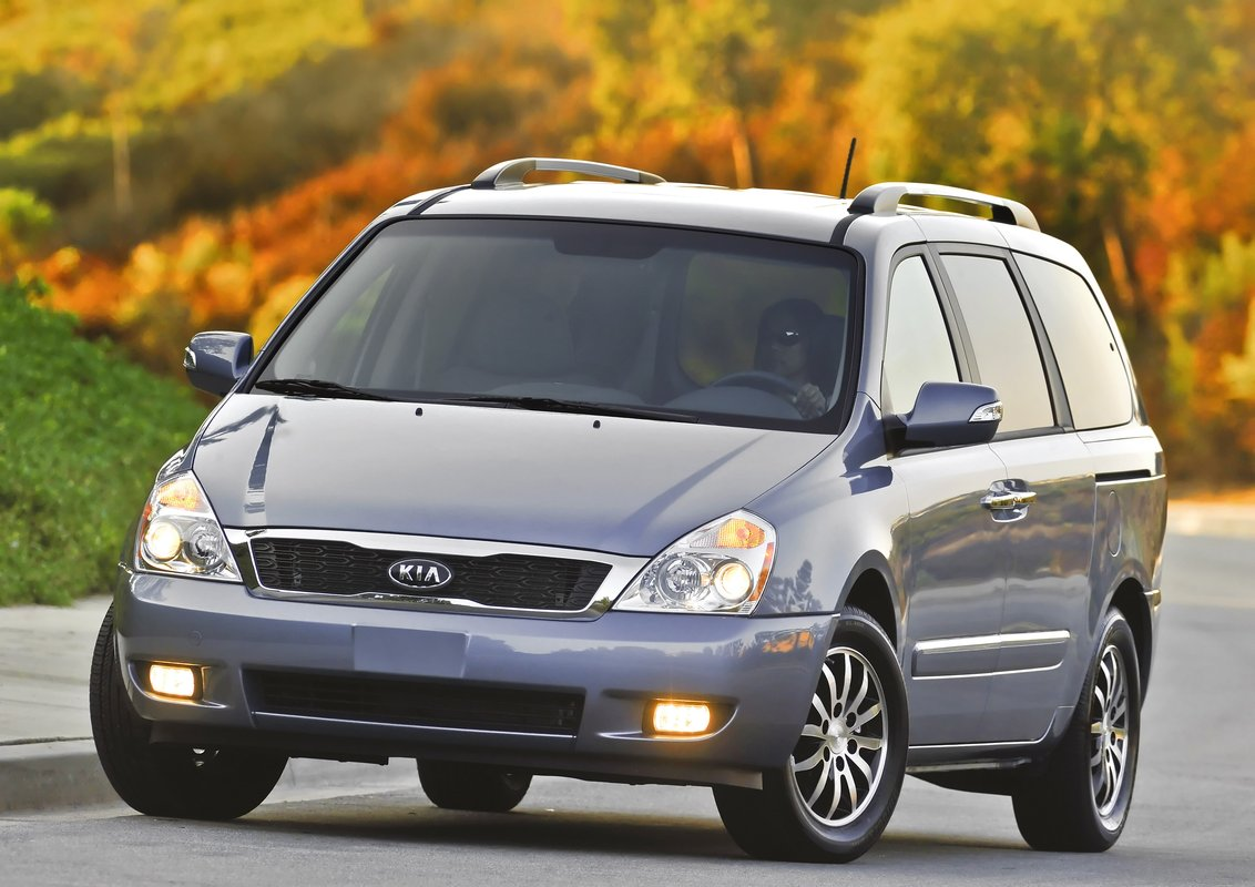 kia sedona minivan won 39 t return for 2013 2014 replacement likely. Black Bedroom Furniture Sets. Home Design Ideas