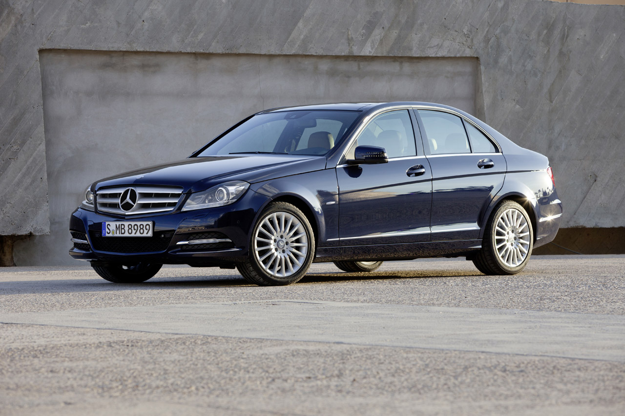 2012 mercedes benz c class half will have four cylinder engine. Black Bedroom Furniture Sets. Home Design Ideas