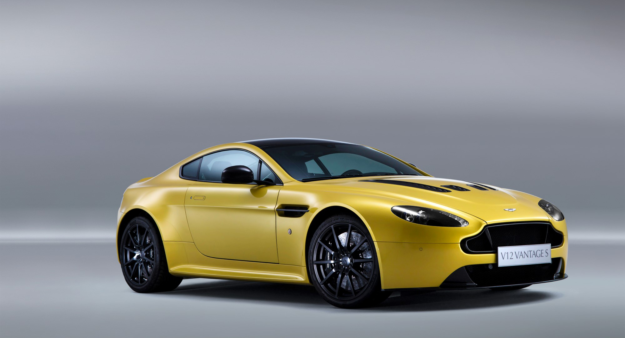 2013 aston martin v12 vantage 100428743. Black Bedroom Furniture Sets. Home Design Ideas