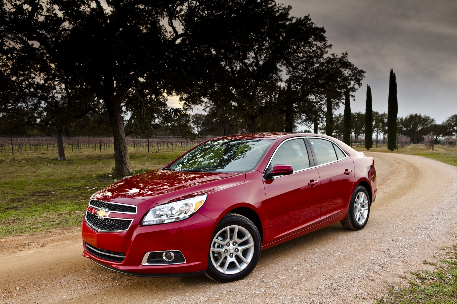 2013 Chevrolet Malibu Chevy Review Ratings Specs