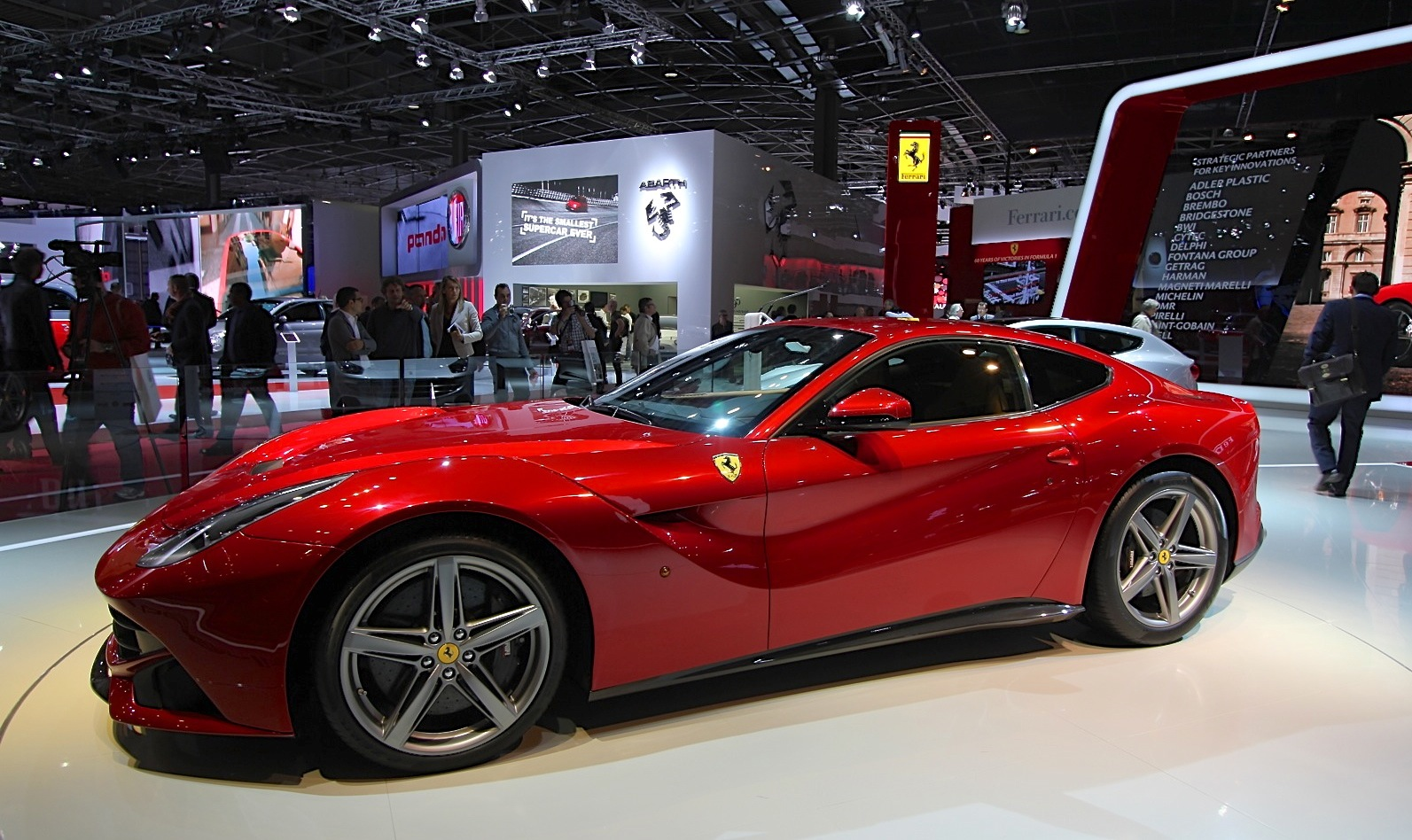2013 Ferrari F12 Berlinetta Review And News Motorauthority