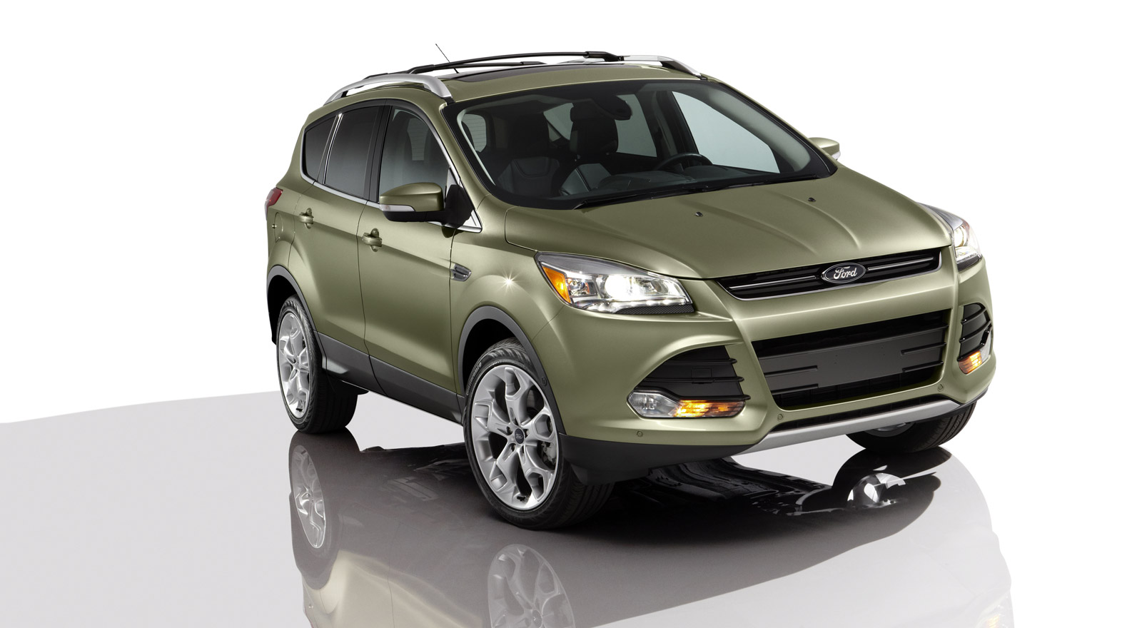 2013 ford escape 2013 2014 focus st recalled to fix electrical glitch linked to stalling. Black Bedroom Furniture Sets. Home Design Ideas