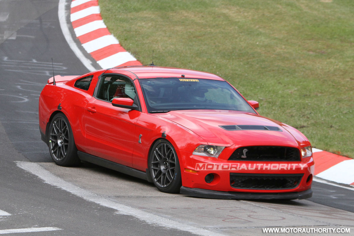 2013 ford mustang shelby gt500 spy shots 100352051. Black Bedroom Furniture Sets. Home Design Ideas