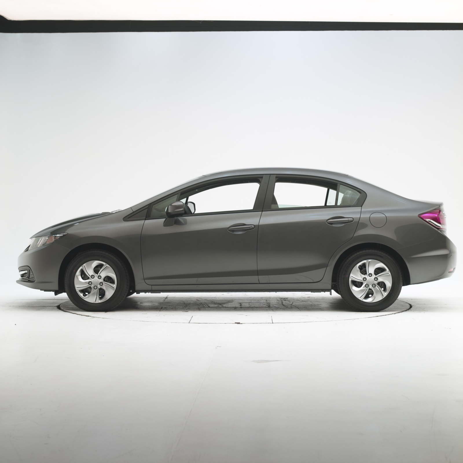 2013 Honda Civic Good In Iihs Small Overlap Frontal Test
