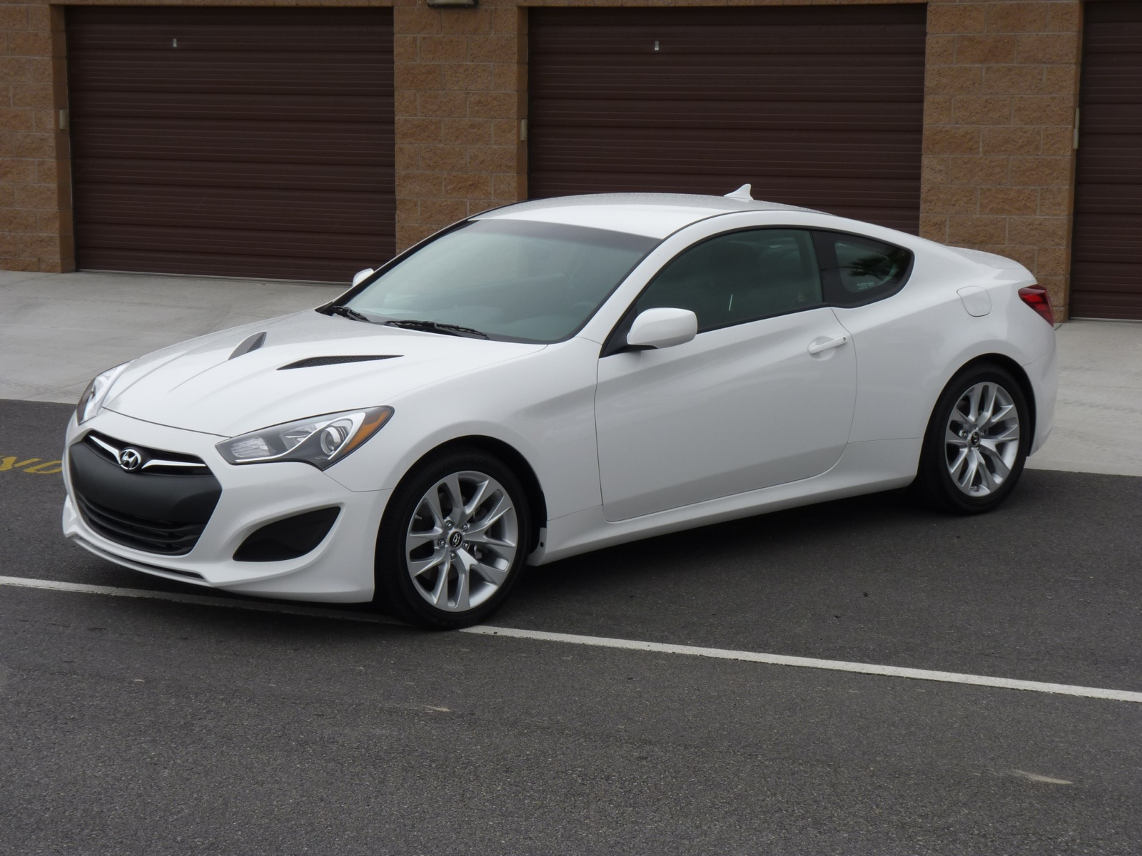 2013 Hyundai Genesis Coupe Gas Mileage The Car Connection