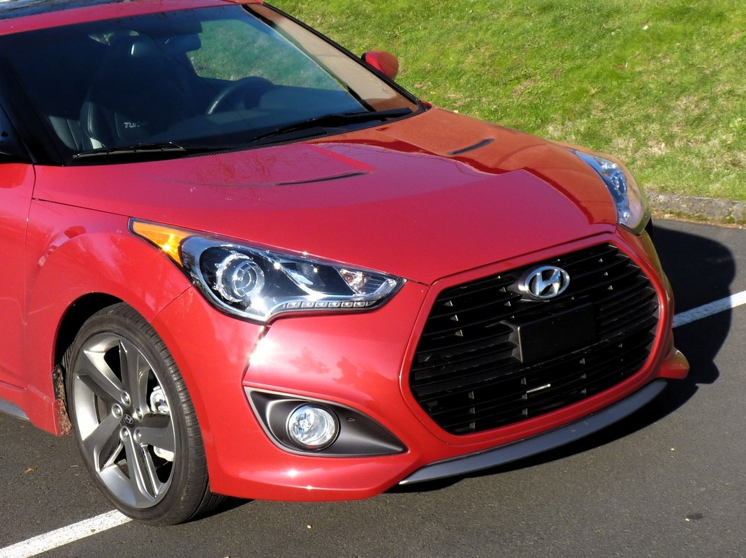 2013 hyundai veloster turbo driven. Black Bedroom Furniture Sets. Home Design Ideas