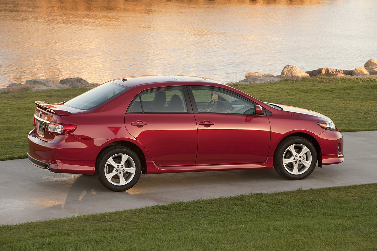 2013 toyota corolla reviewsamp test drives green car reports