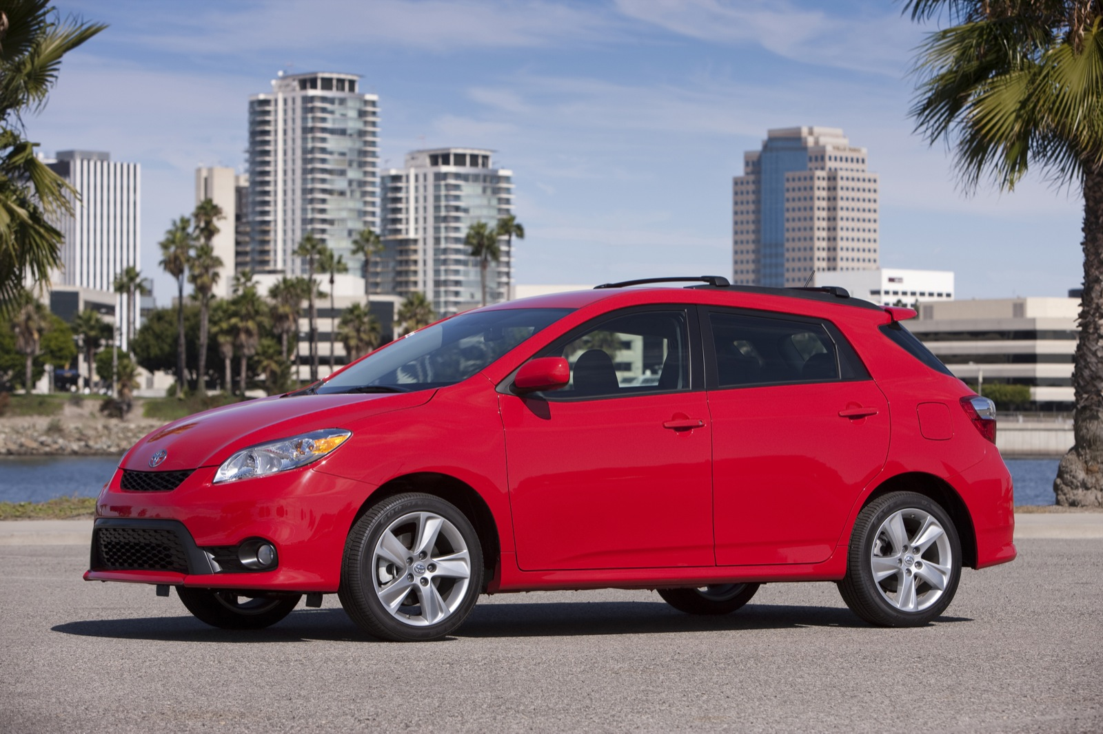 2013 Toyota Matrix Review Ratings Specs Prices And Photos The Car Connection