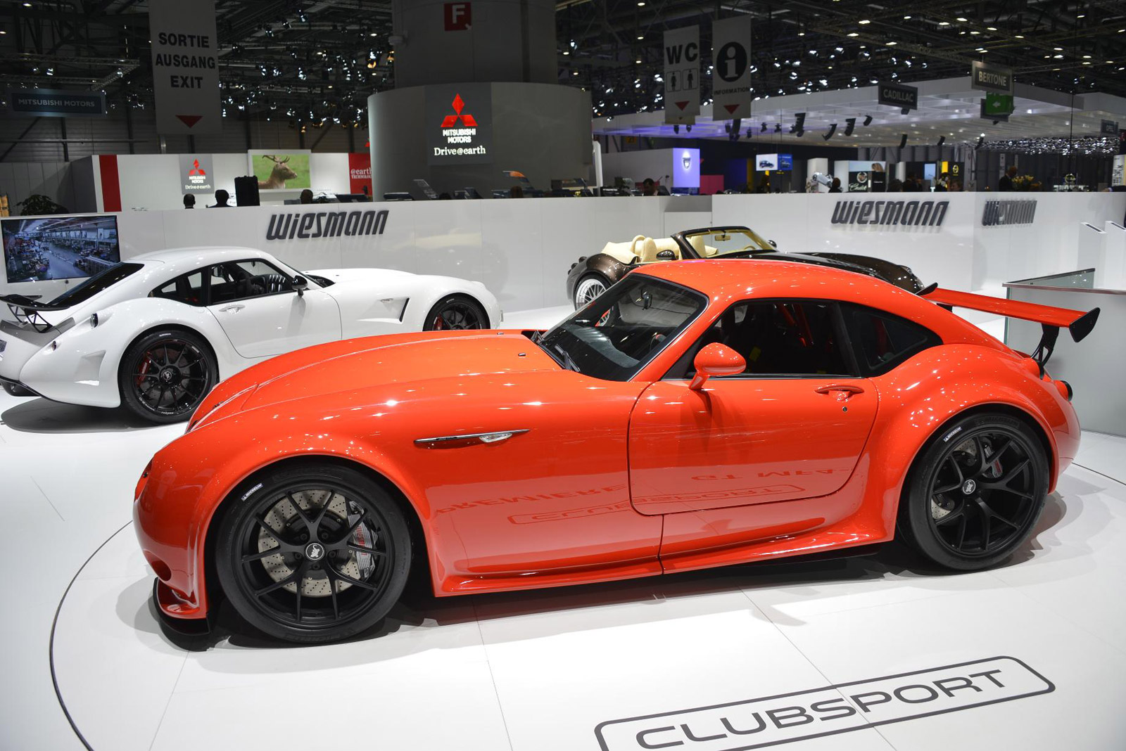 wiesmann gt mf4 cs debuts at 2013 geneva motor show. Black Bedroom Furniture Sets. Home Design Ideas