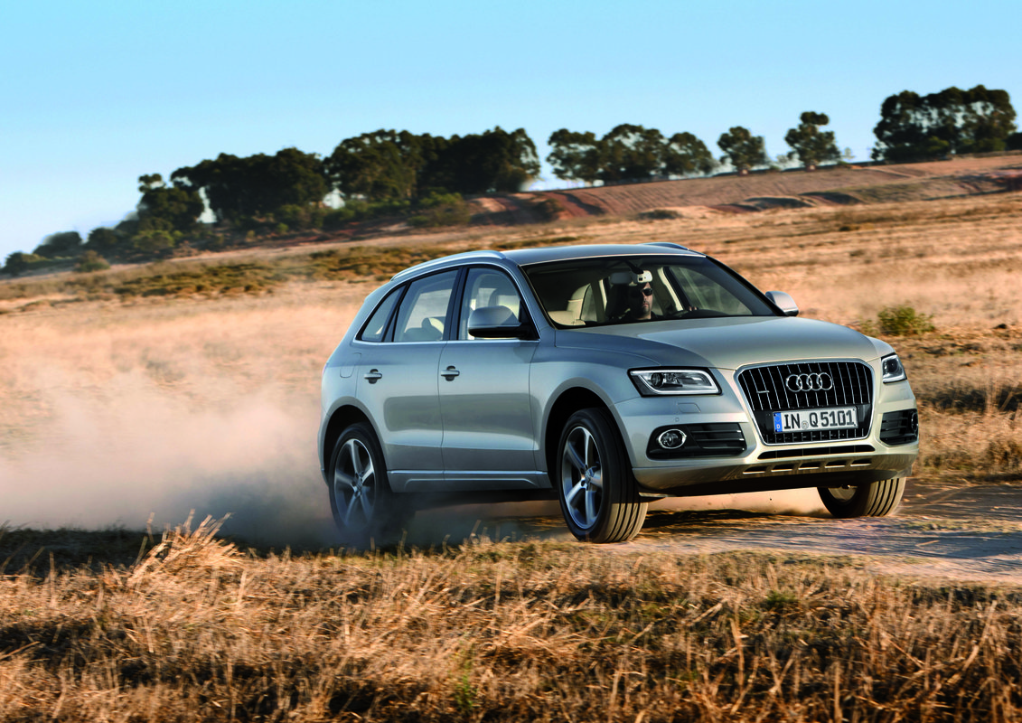2014 audi q5 review ratings specs prices and photos the car connection. Black Bedroom Furniture Sets. Home Design Ideas