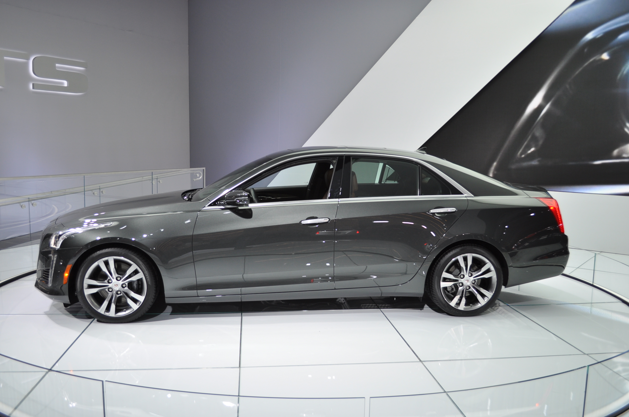 2014 Cadillac Cts Review Ratings Specs Prices And
