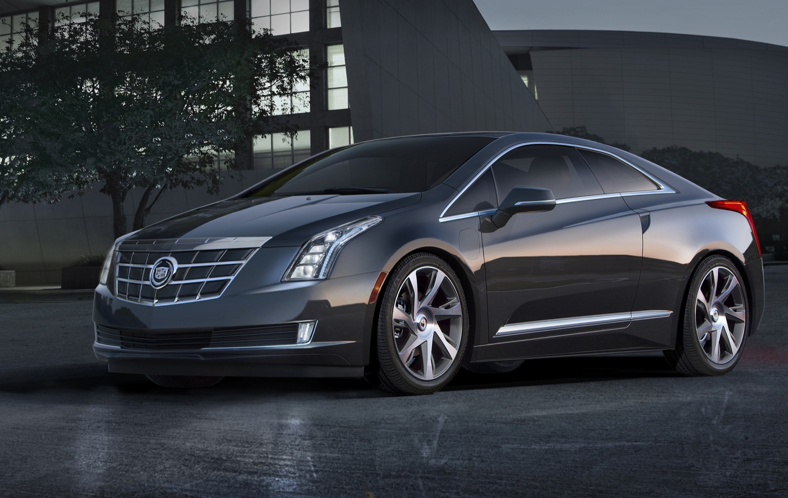 Cadillac Sweetens 2014 ELR Deal With Free Home-Charging Station