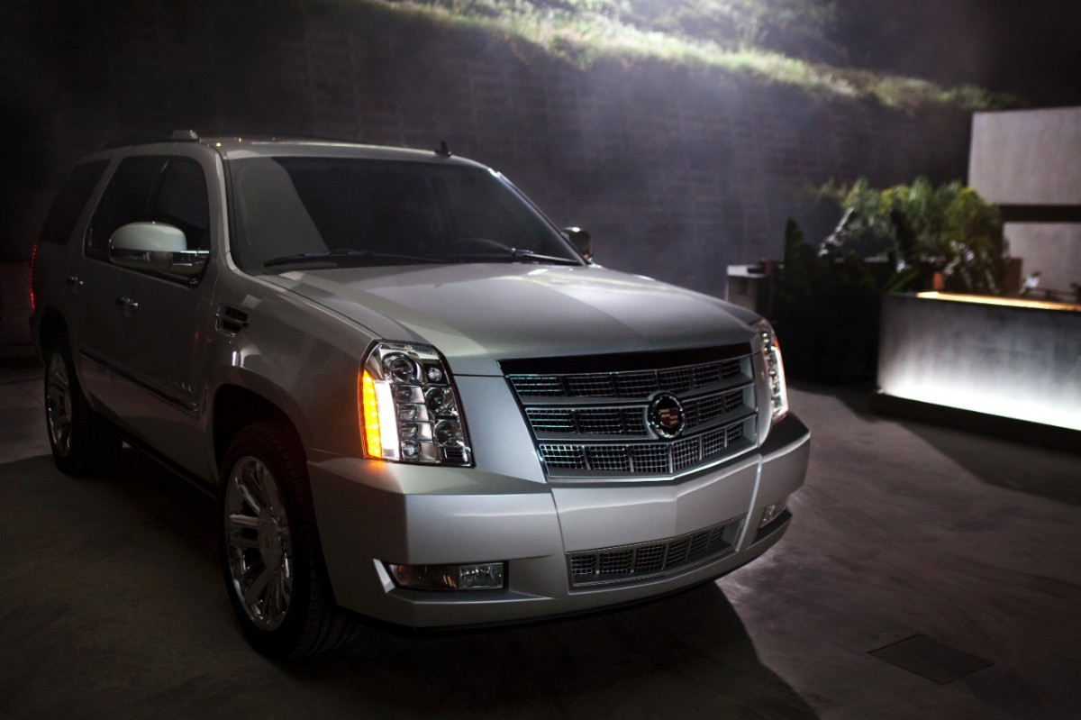 2014 Cadillac Escalade Review, Ratings, Specs, Prices, and Photos - The Car Connection