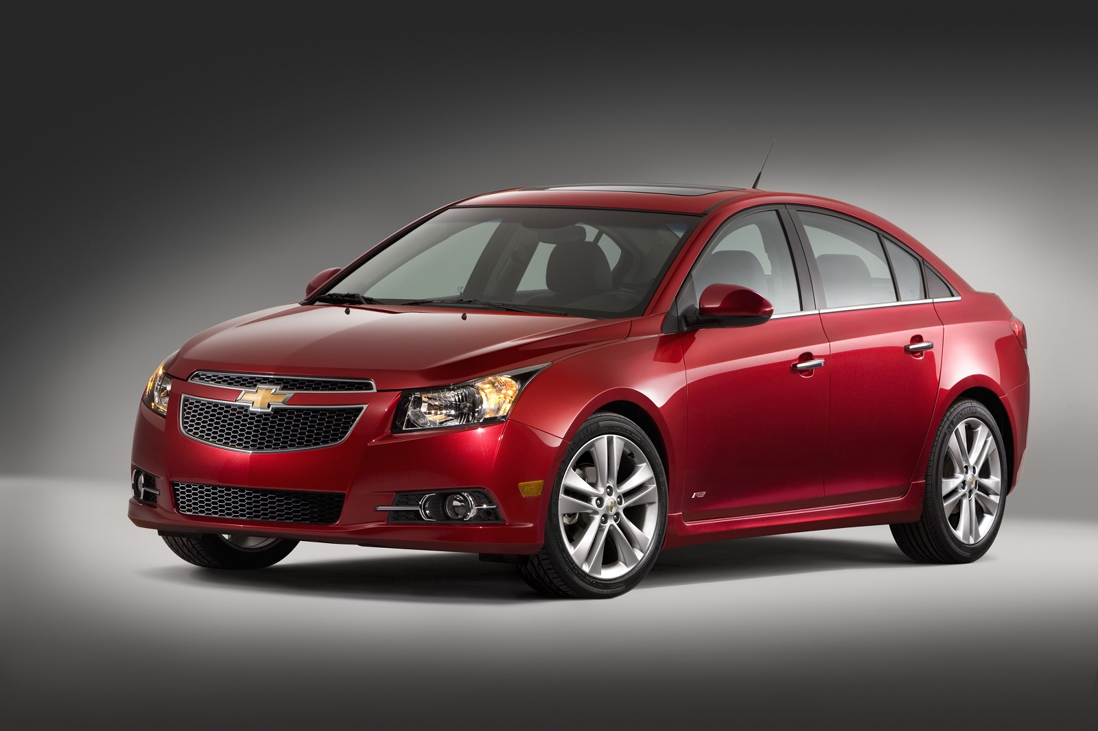 2013 2014 chevrolet cruze recalled for faulty airbags made. Black Bedroom Furniture Sets. Home Design Ideas