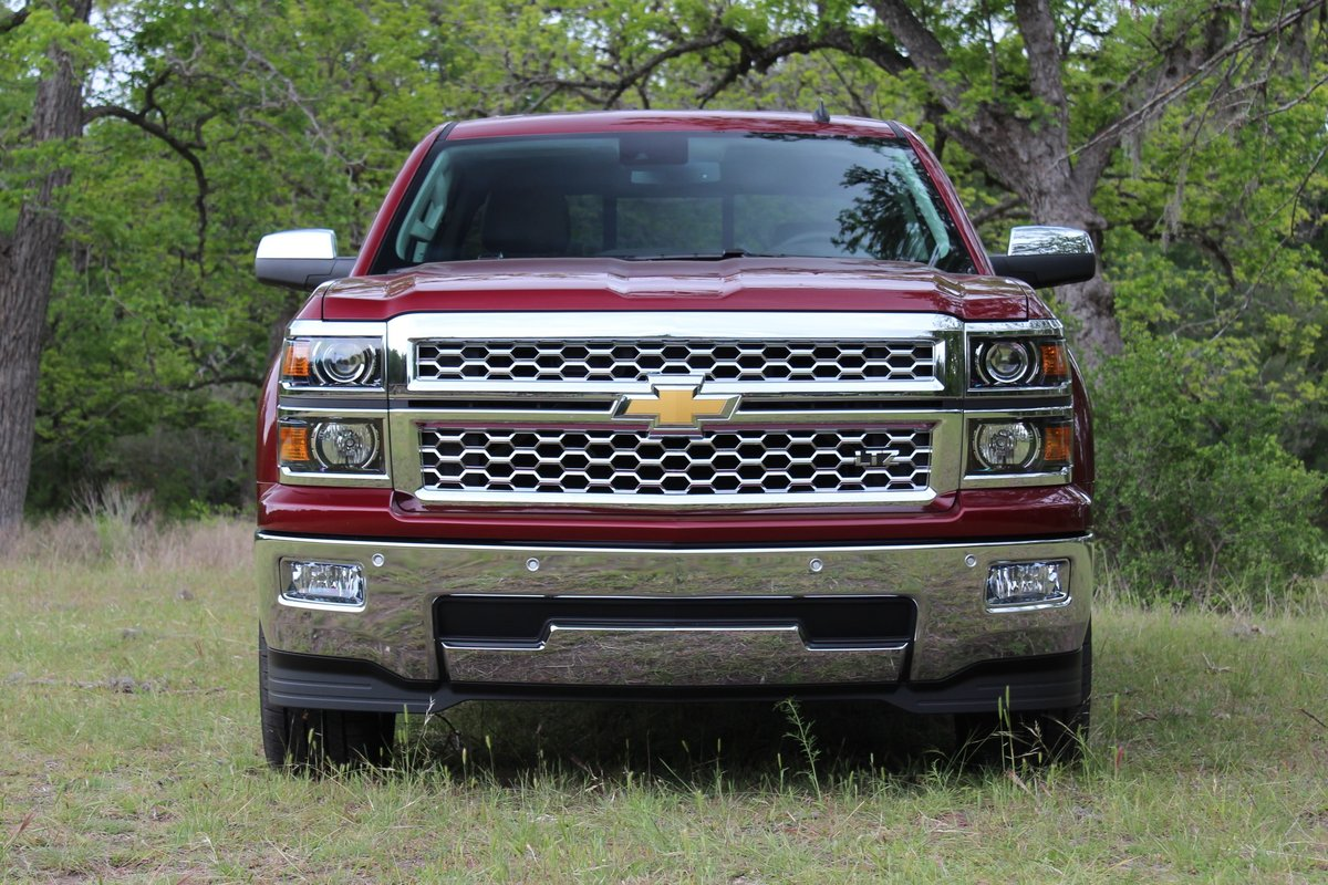 2014 pickup truck gas mileage ford vs chevy vs ram who 39 s best