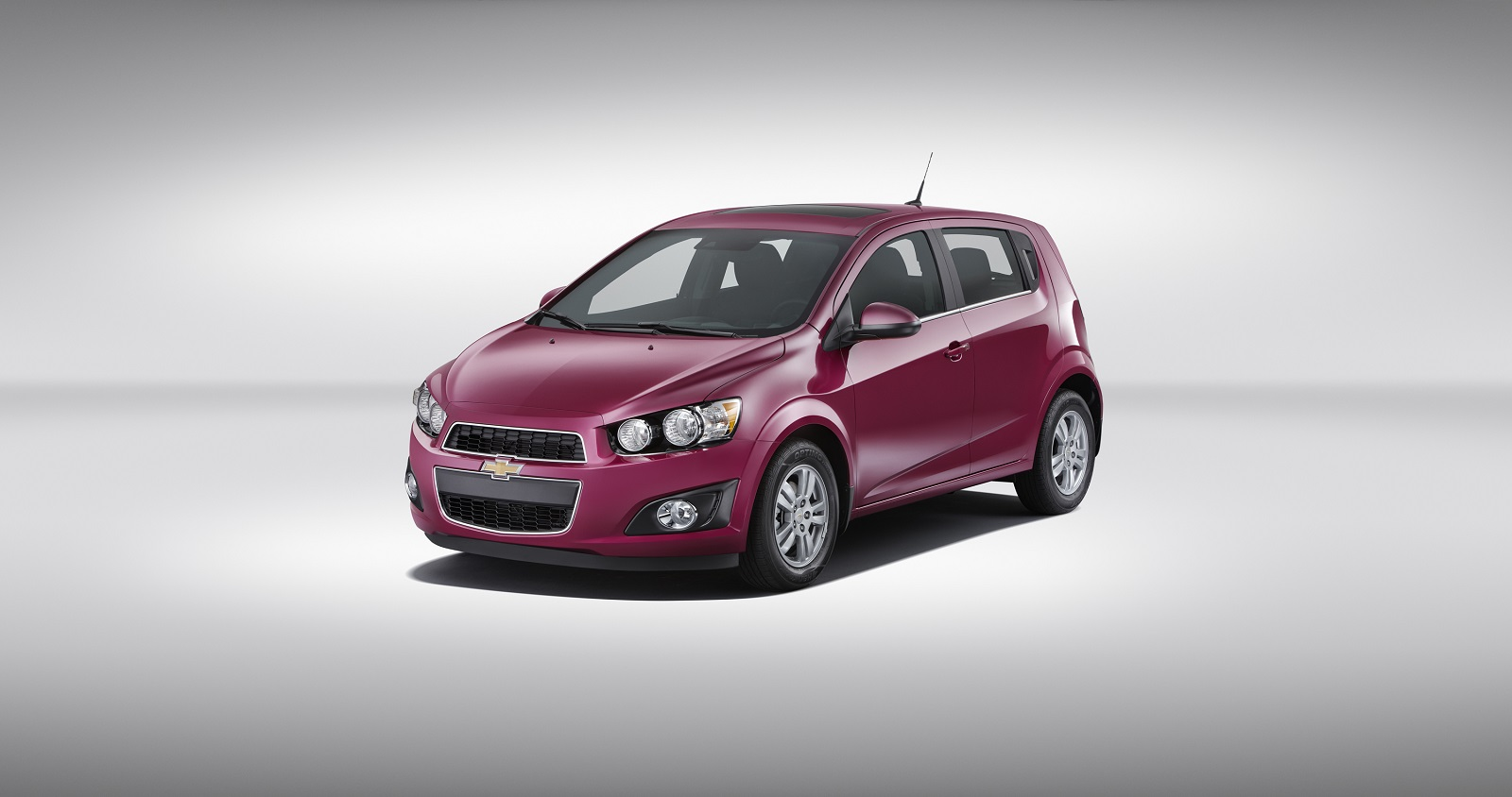 2014 chevrolet sonic chevy review ratings specs prices and