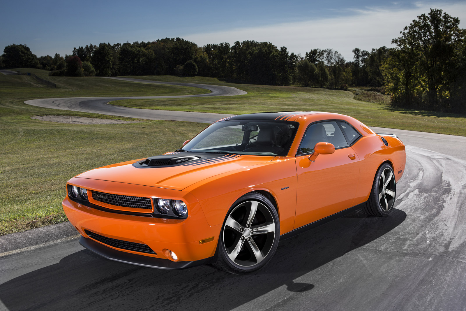 2014 dodge challenger review ratings specs prices and photos the car connection. Black Bedroom Furniture Sets. Home Design Ideas