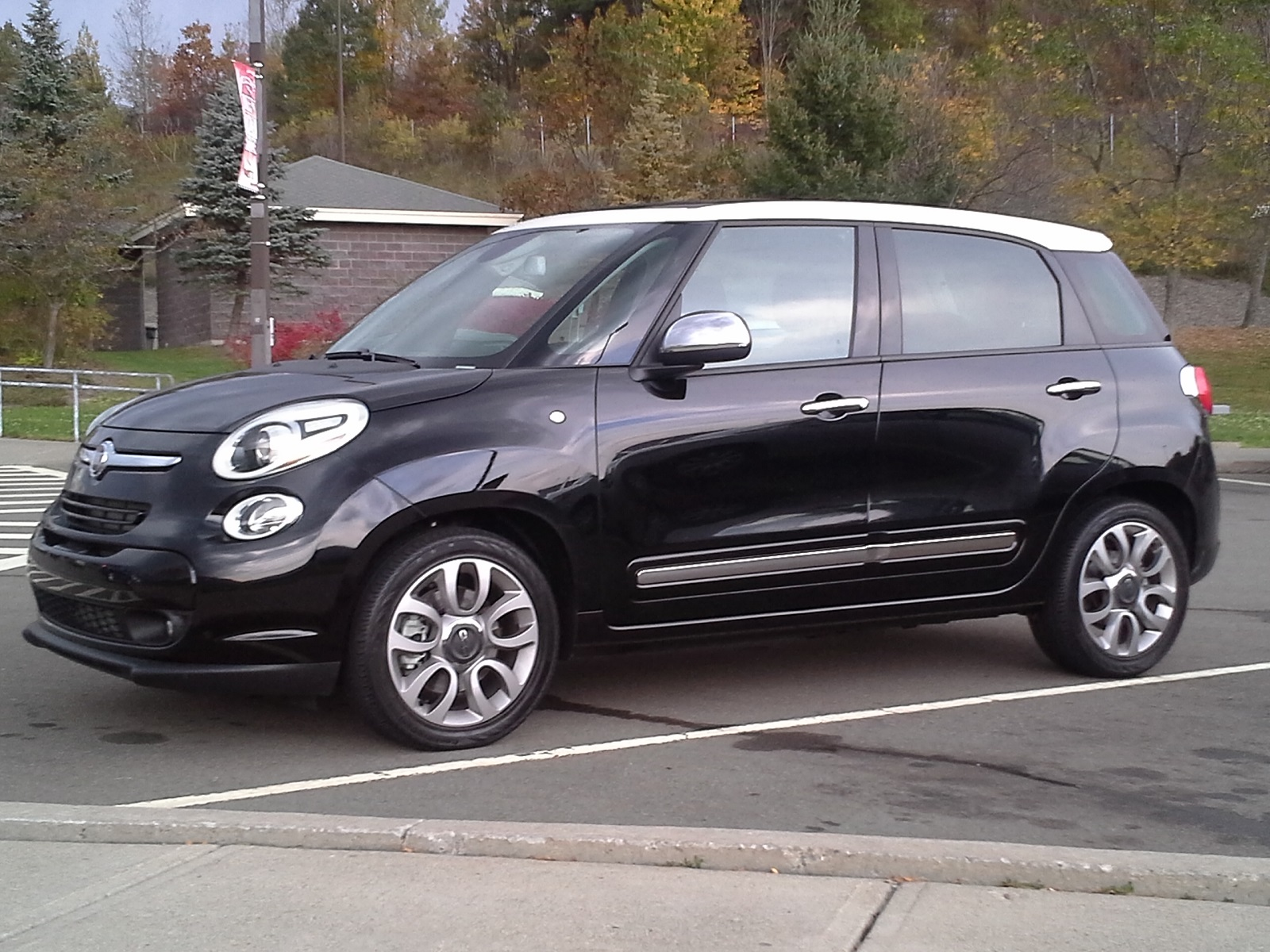 2014 fiat 500l gas mileage test of new tall wagon. Black Bedroom Furniture Sets. Home Design Ideas