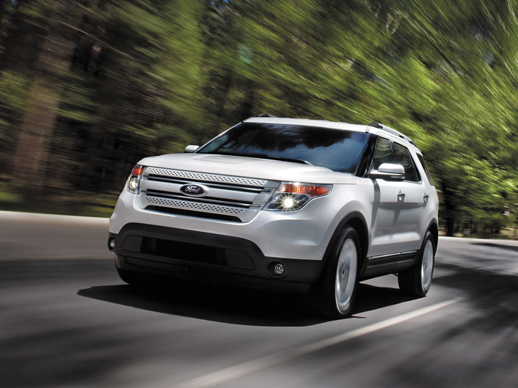 2014 ford explorer review ratings specs prices and. Black Bedroom Furniture Sets. Home Design Ideas
