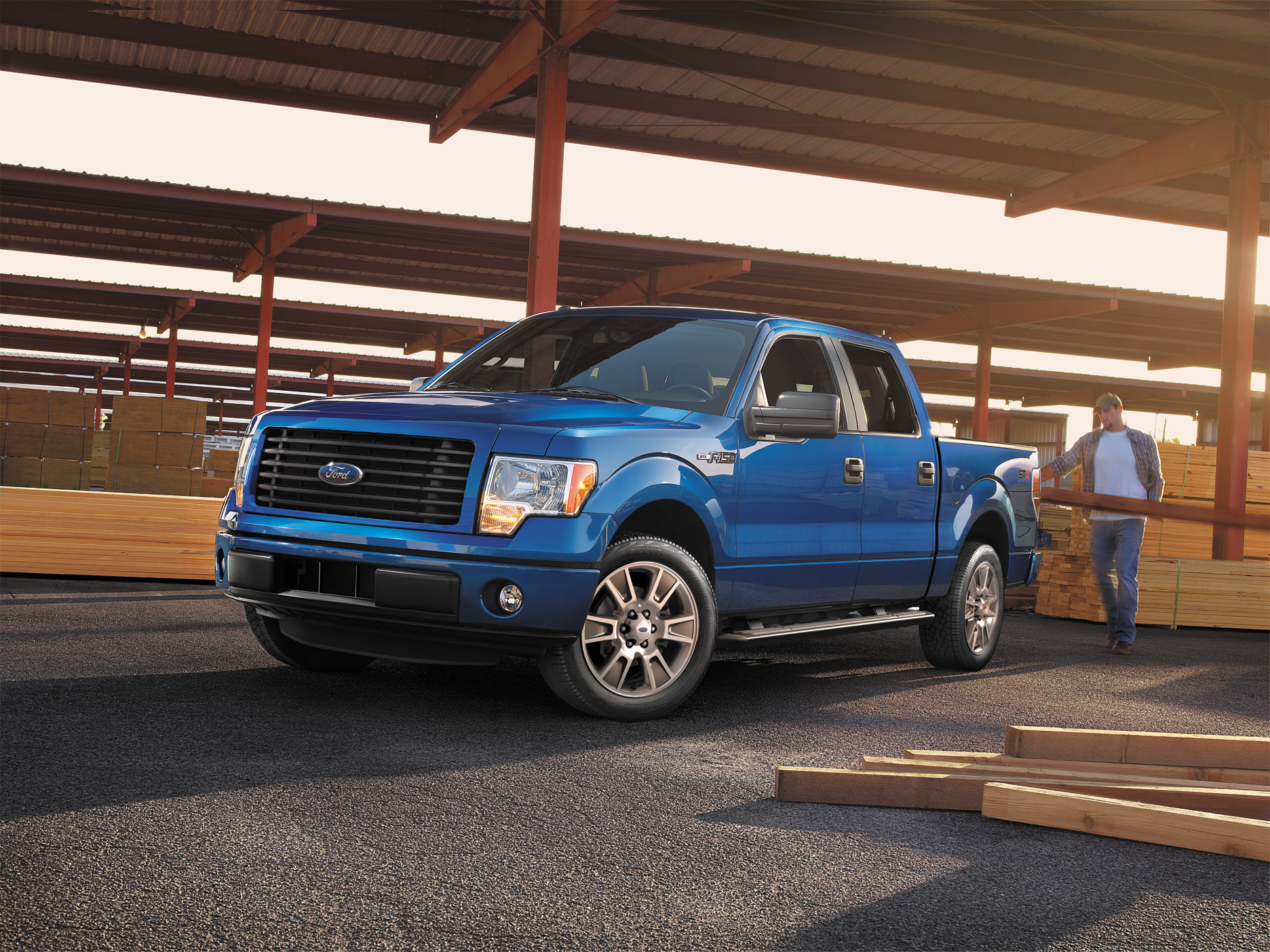 ford unveils 2014 ford f 150 stx stx sport package. Black Bedroom Furniture Sets. Home Design Ideas