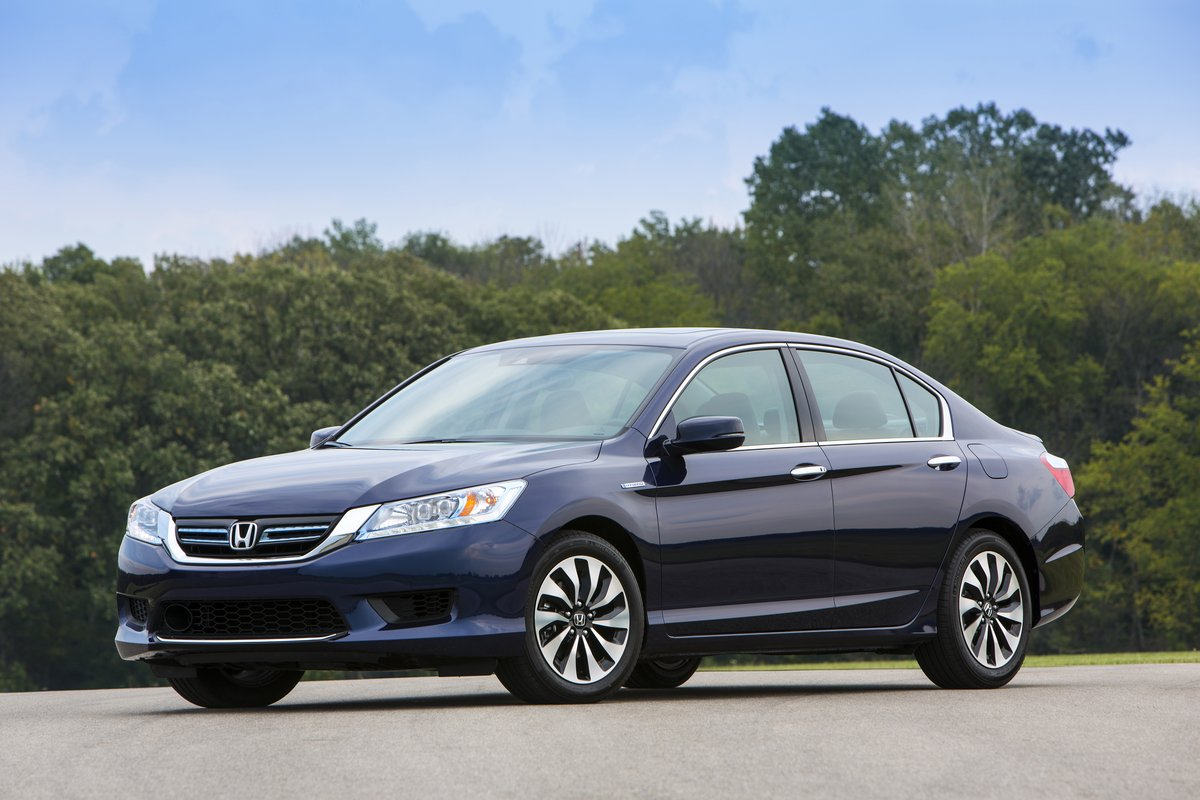 2014 Honda Accord Hybrid First Drive Report