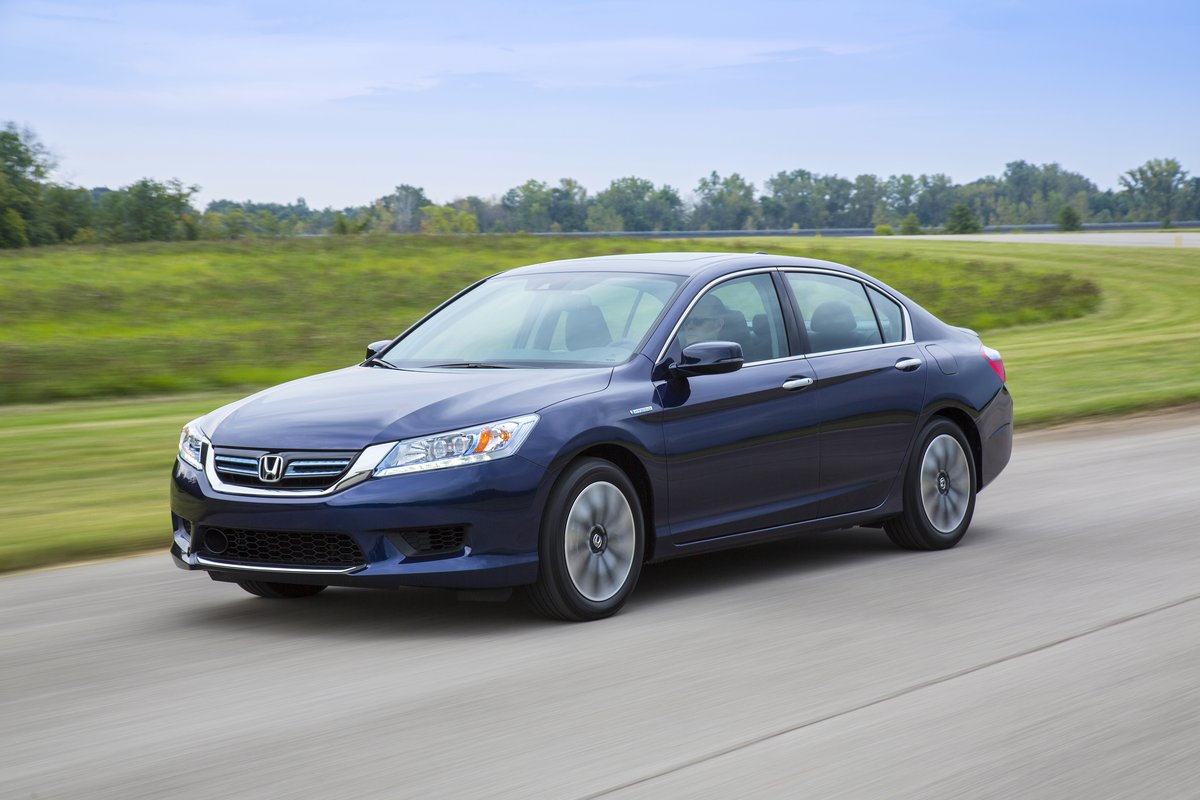 10 Best Hybrid Cars of 2019: Reviews, Photos, and More ...