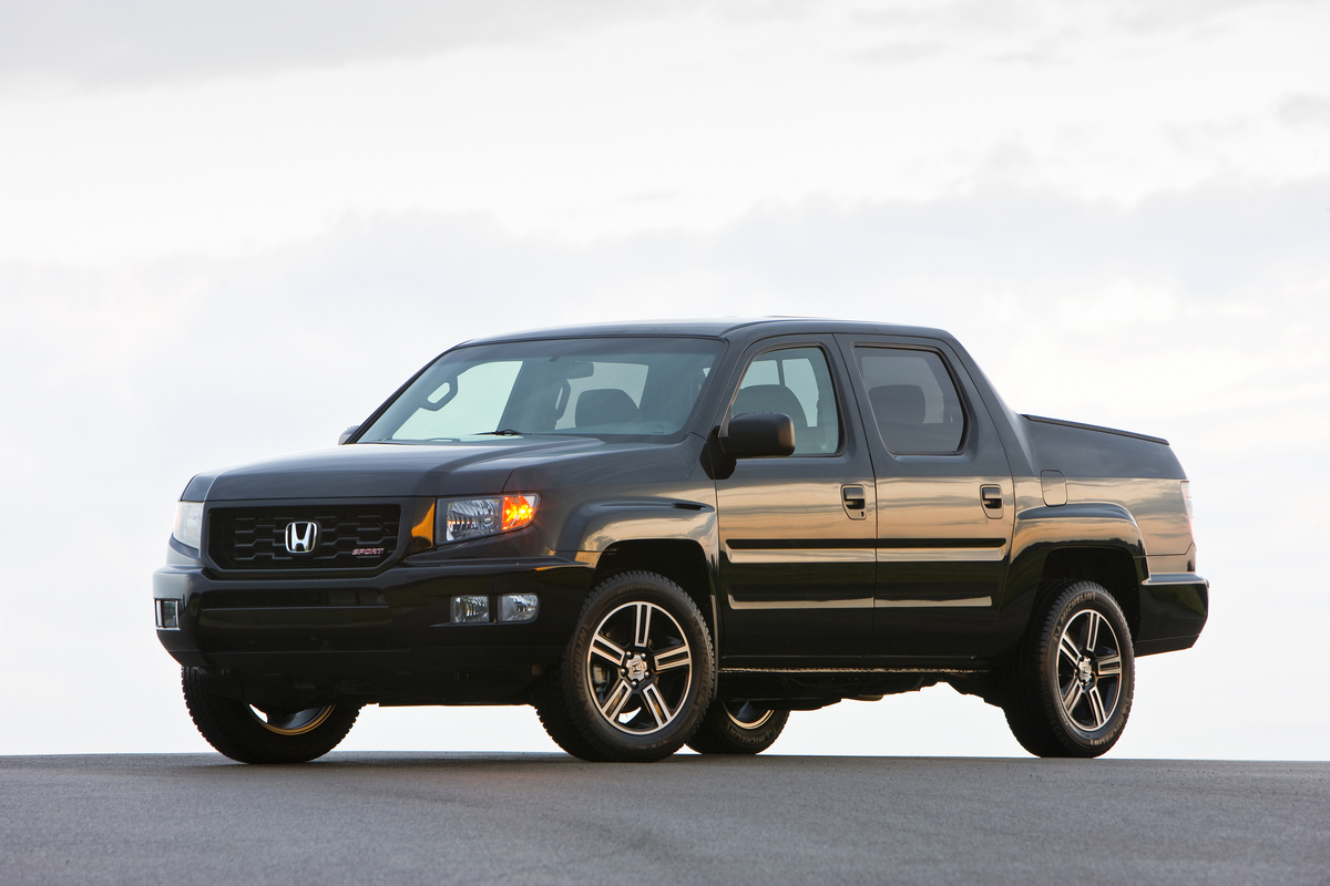 new and used honda ridgeline prices photos reviews specs the car connection. Black Bedroom Furniture Sets. Home Design Ideas