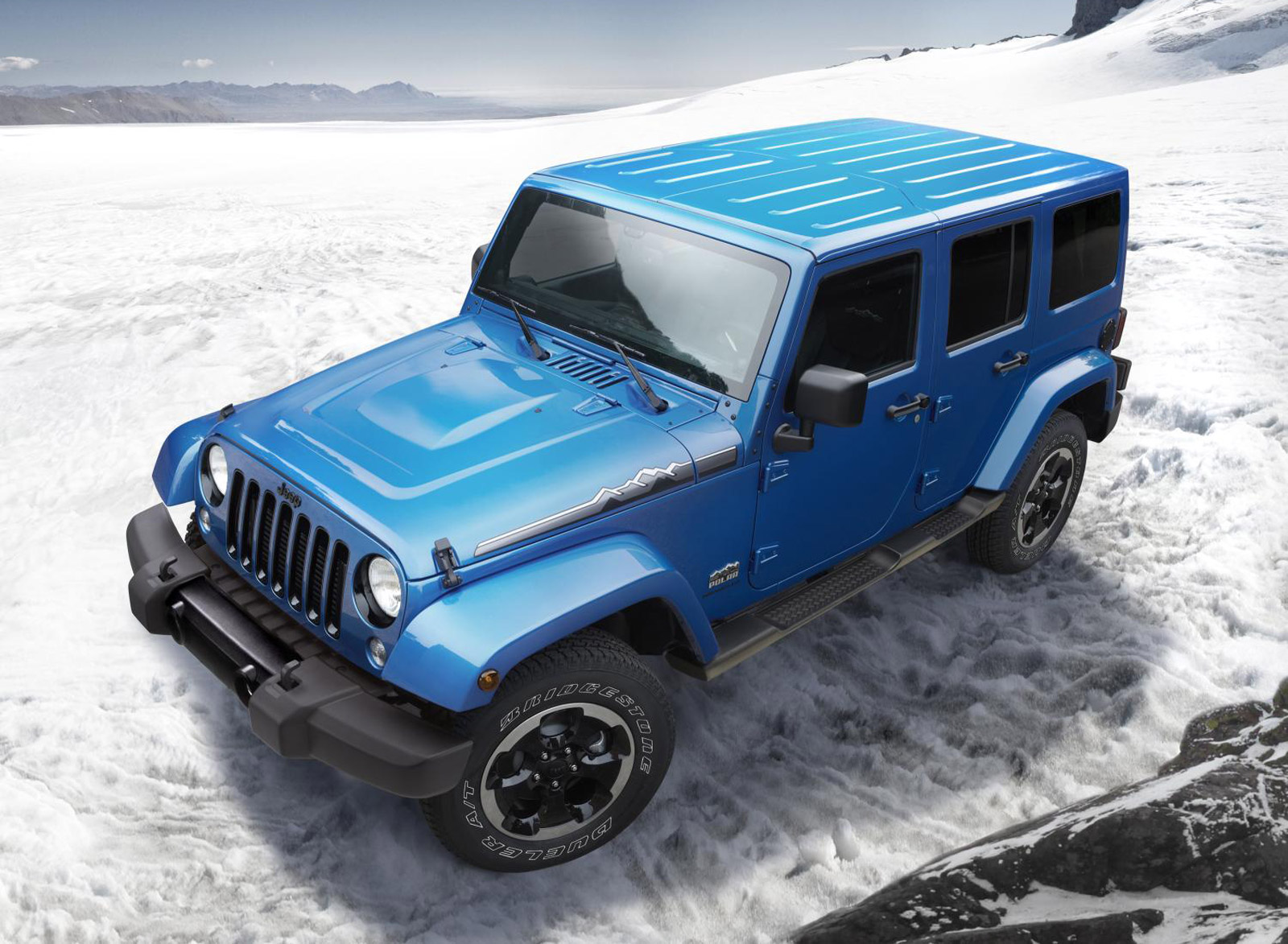jeep wrangler polar edition arrives just in time for winter. Black Bedroom Furniture Sets. Home Design Ideas
