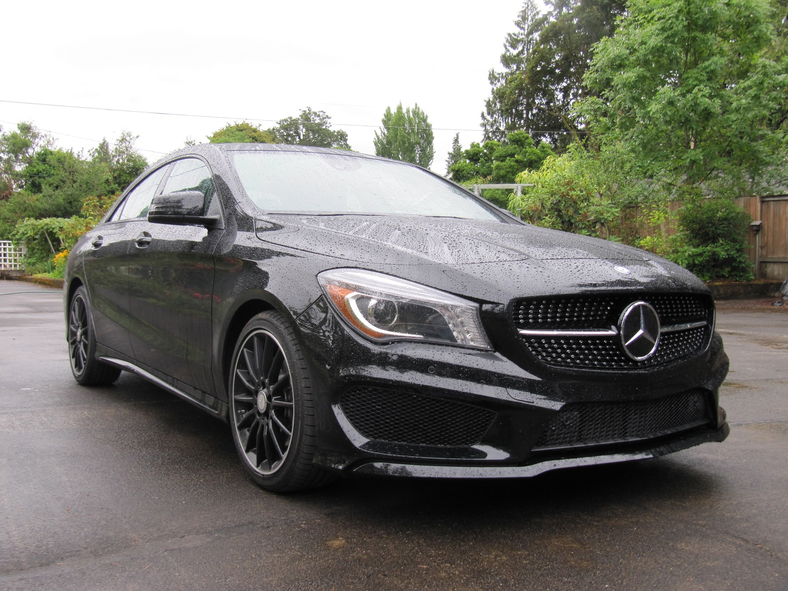 2014 mercedes benz cla 250 gas mileage review of compact for Mercedes benz cla 250 review