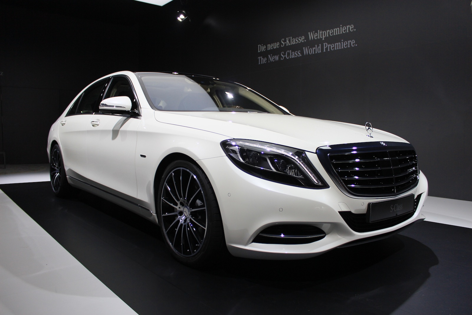 Dartz prombron black shark mercedes gl based 1 500 hp for How much is a 2014 mercedes benz s550