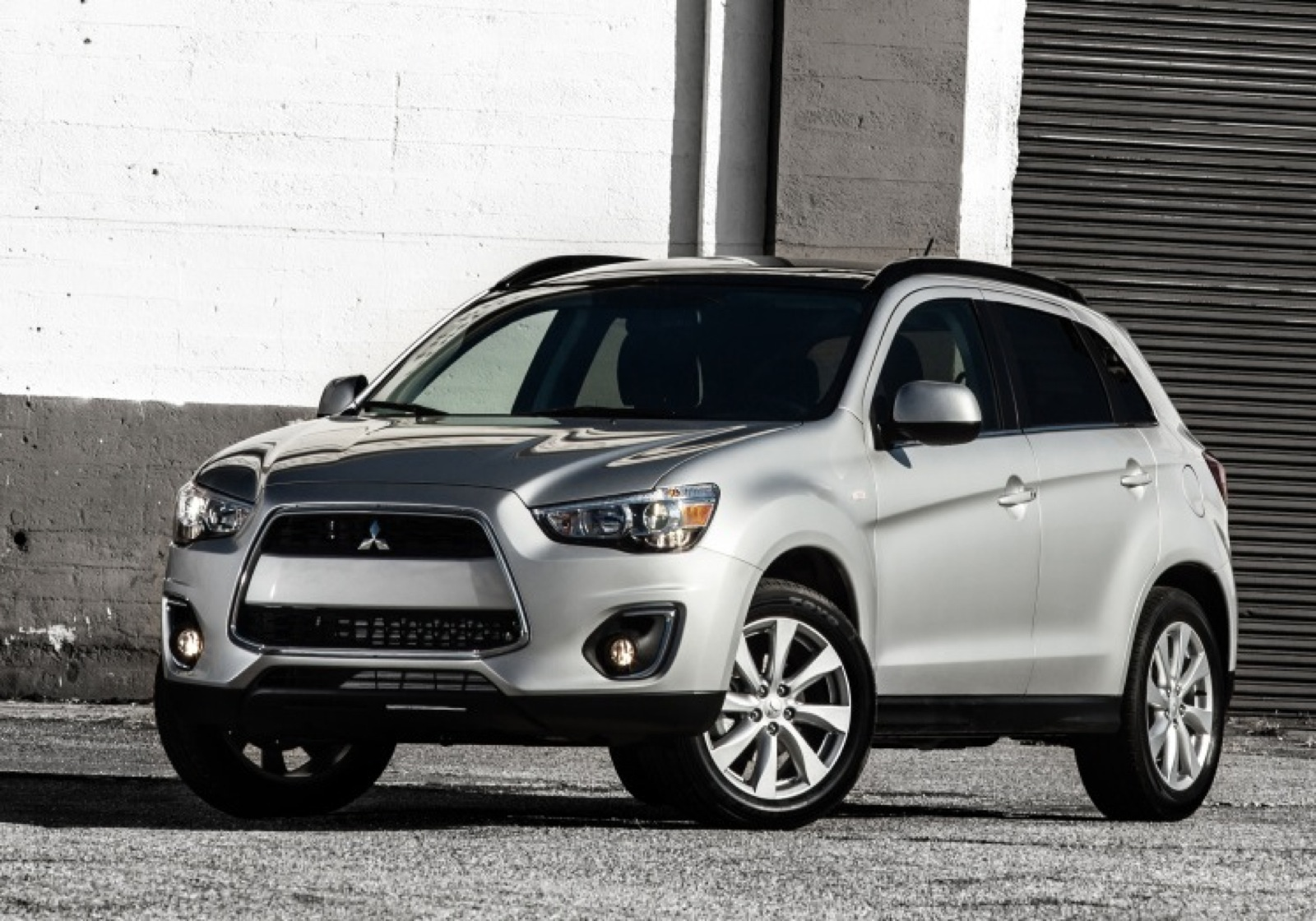 2014 mitsubishi outlander sport review ratings specs prices and photos the car connection. Black Bedroom Furniture Sets. Home Design Ideas