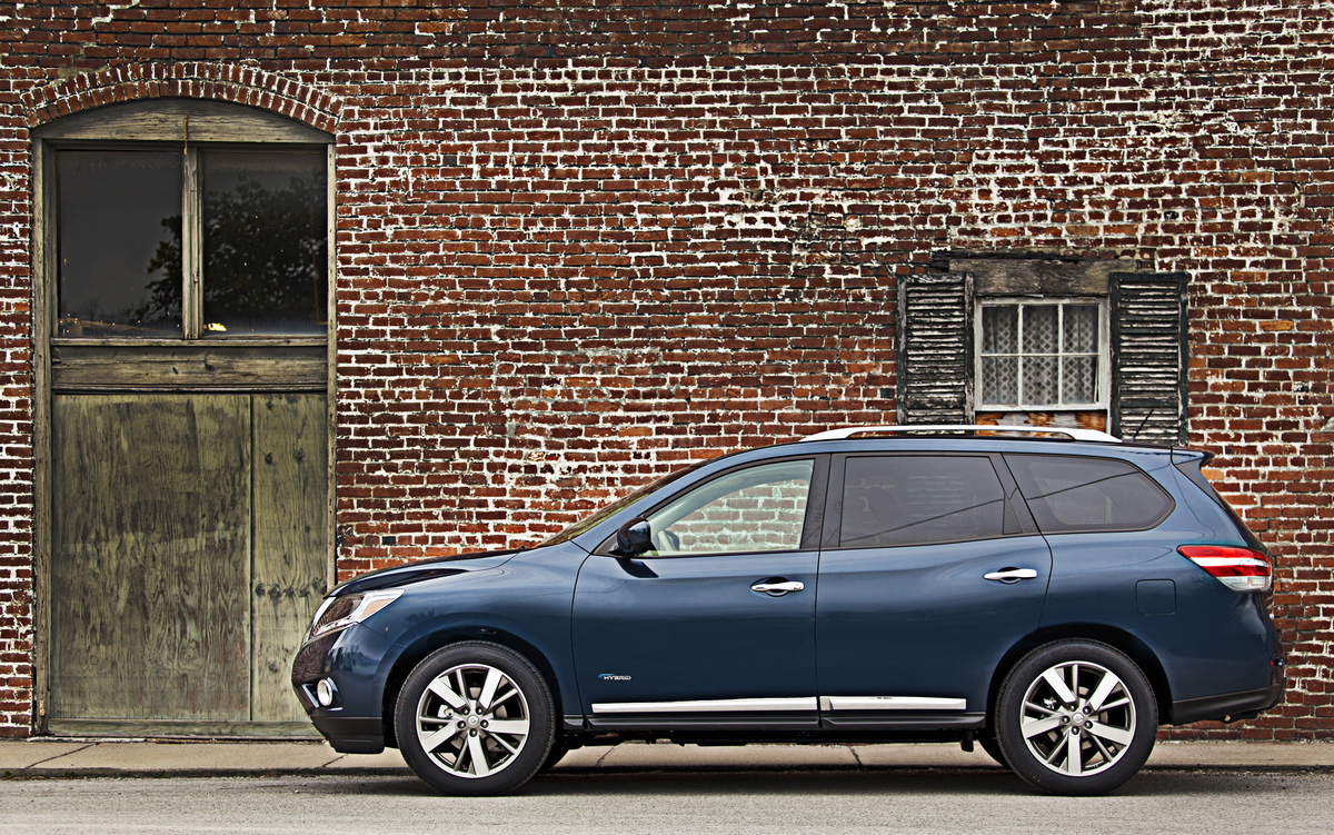 2014 nissan pathfinder review ratings specs prices and photos the car connection. Black Bedroom Furniture Sets. Home Design Ideas
