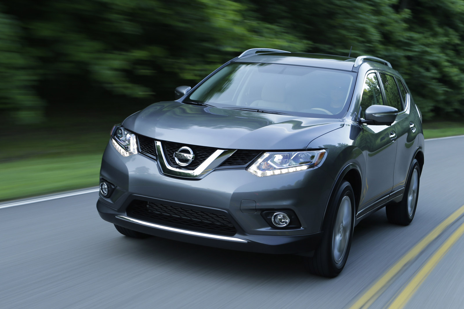 2014 nissan rogue review ratings specs prices and. Black Bedroom Furniture Sets. Home Design Ideas