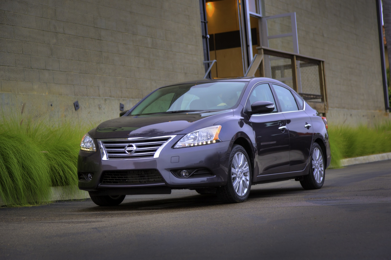 2014 Nissan Sentra Performance Review The Car Connection