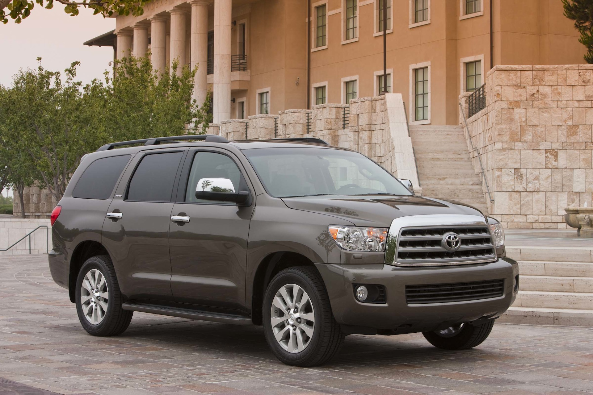 2014 Toyota Sequoia Review Ratings Specs Prices And Photos The Car Connection