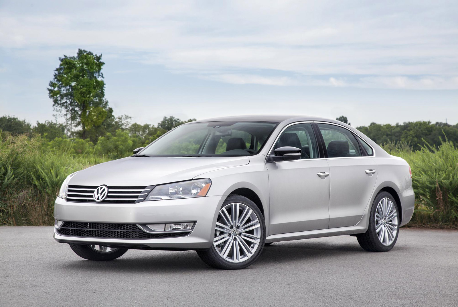 Bmw Of Fresno >> 2014 Volkswagen Passat (VW) Review, Ratings, Specs, Prices, and Photos - The Car Connection