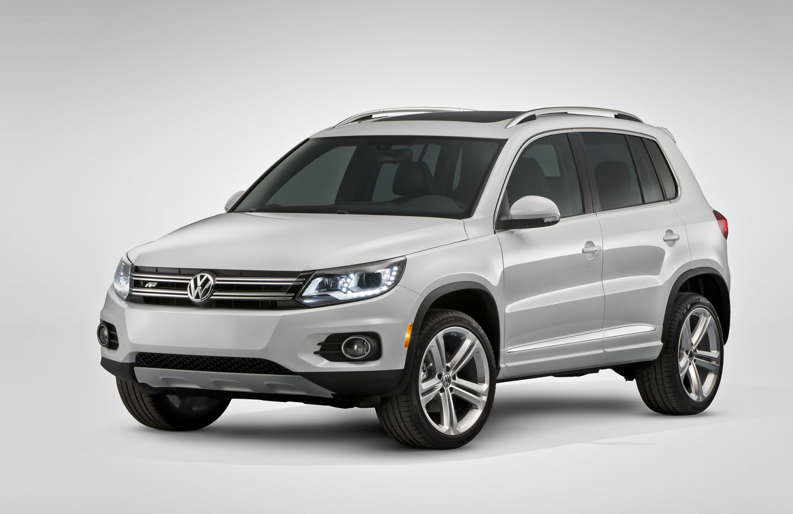 2009 2014 volkswagen tiguan recalled to fix stalling problem. Black Bedroom Furniture Sets. Home Design Ideas