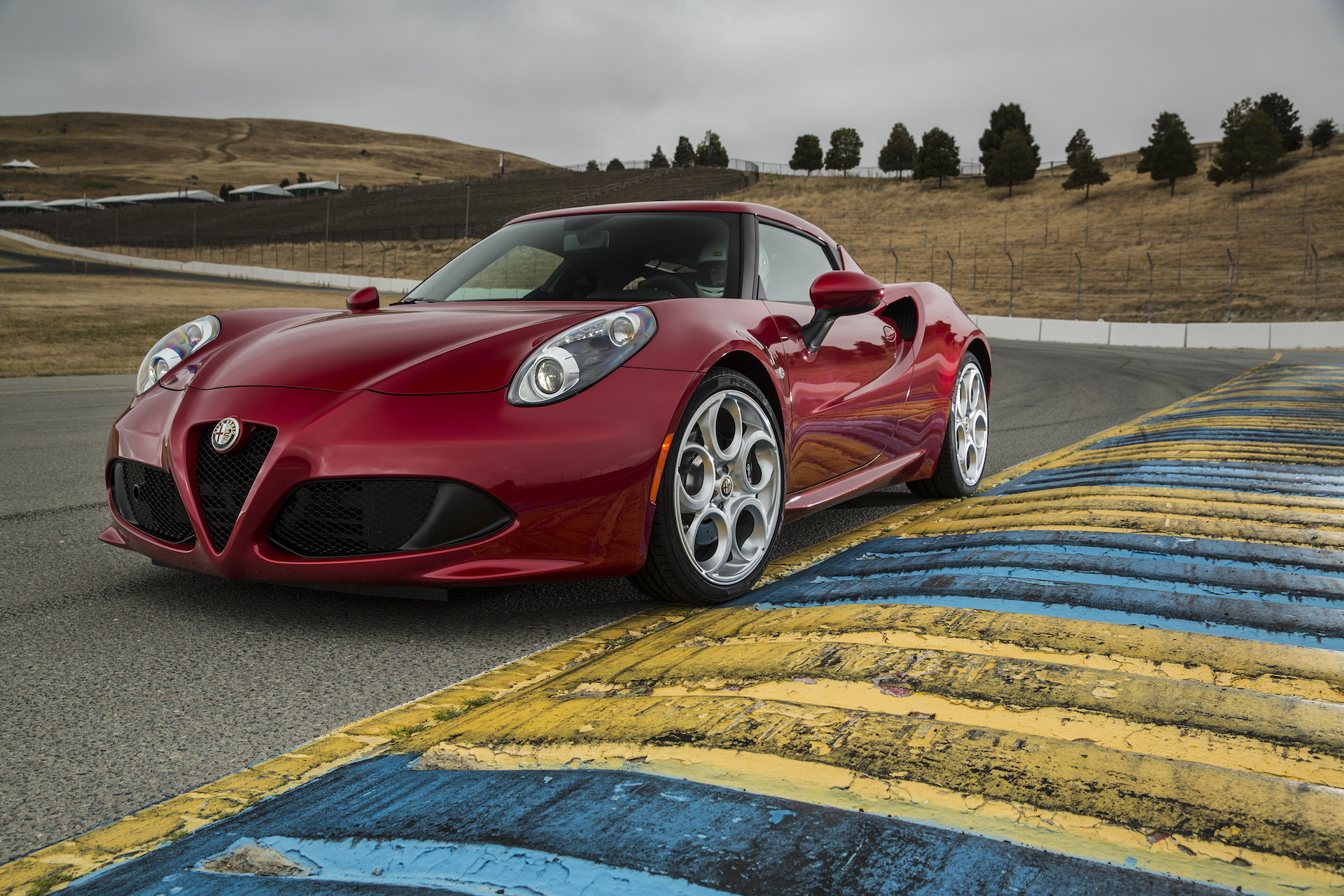 2015 alfa romeo 4c review ratings specs prices and photos the car connection. Black Bedroom Furniture Sets. Home Design Ideas