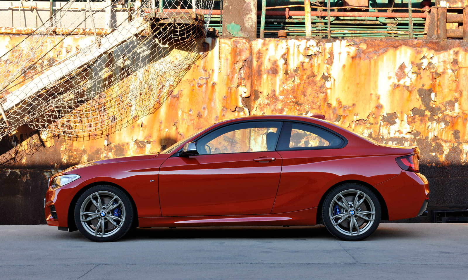 2015 bmw 2 series gets xdrive all wheel drive. Black Bedroom Furniture Sets. Home Design Ideas