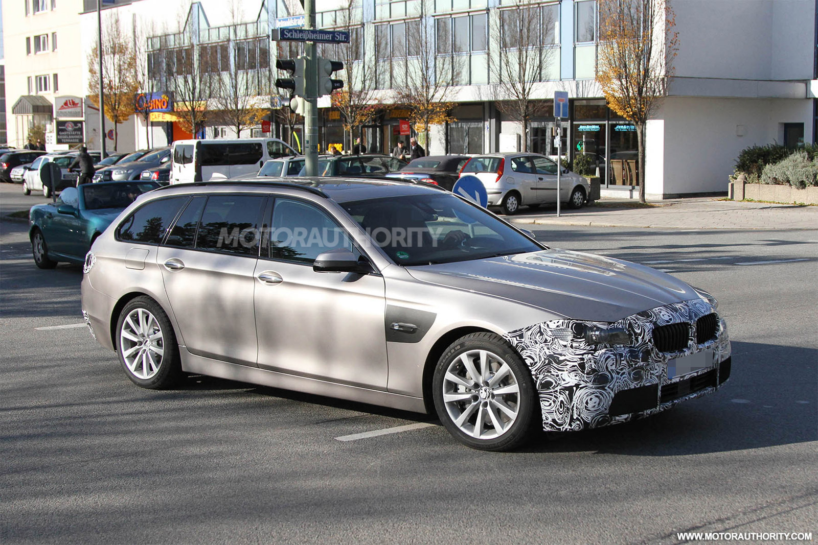 2014 bmw 5 series touring spy shots. Black Bedroom Furniture Sets. Home Design Ideas