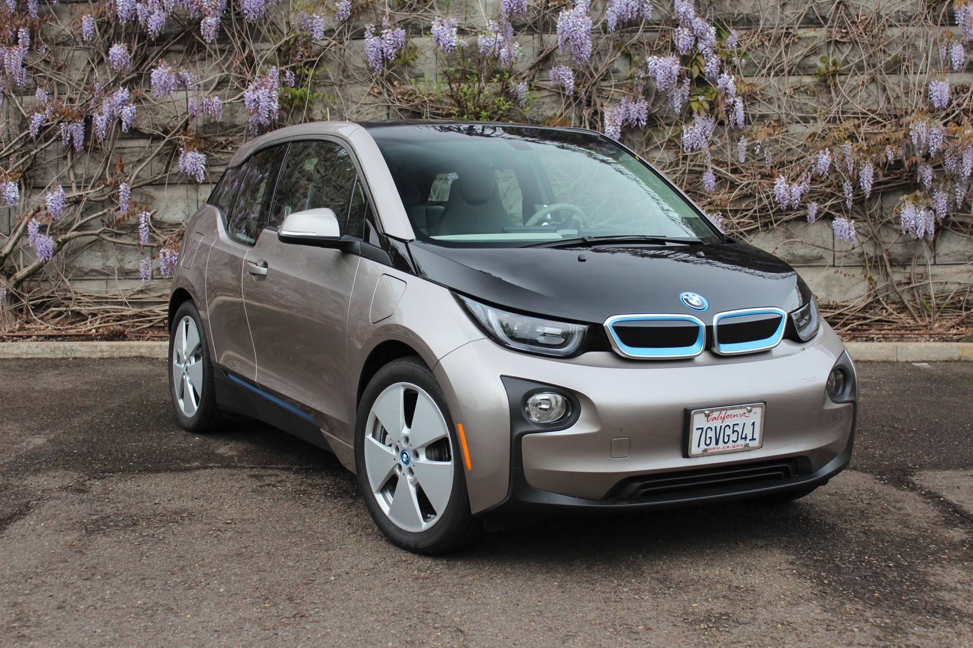 2015 bmw i3 review ratings specs prices and photos the car connection. Black Bedroom Furniture Sets. Home Design Ideas