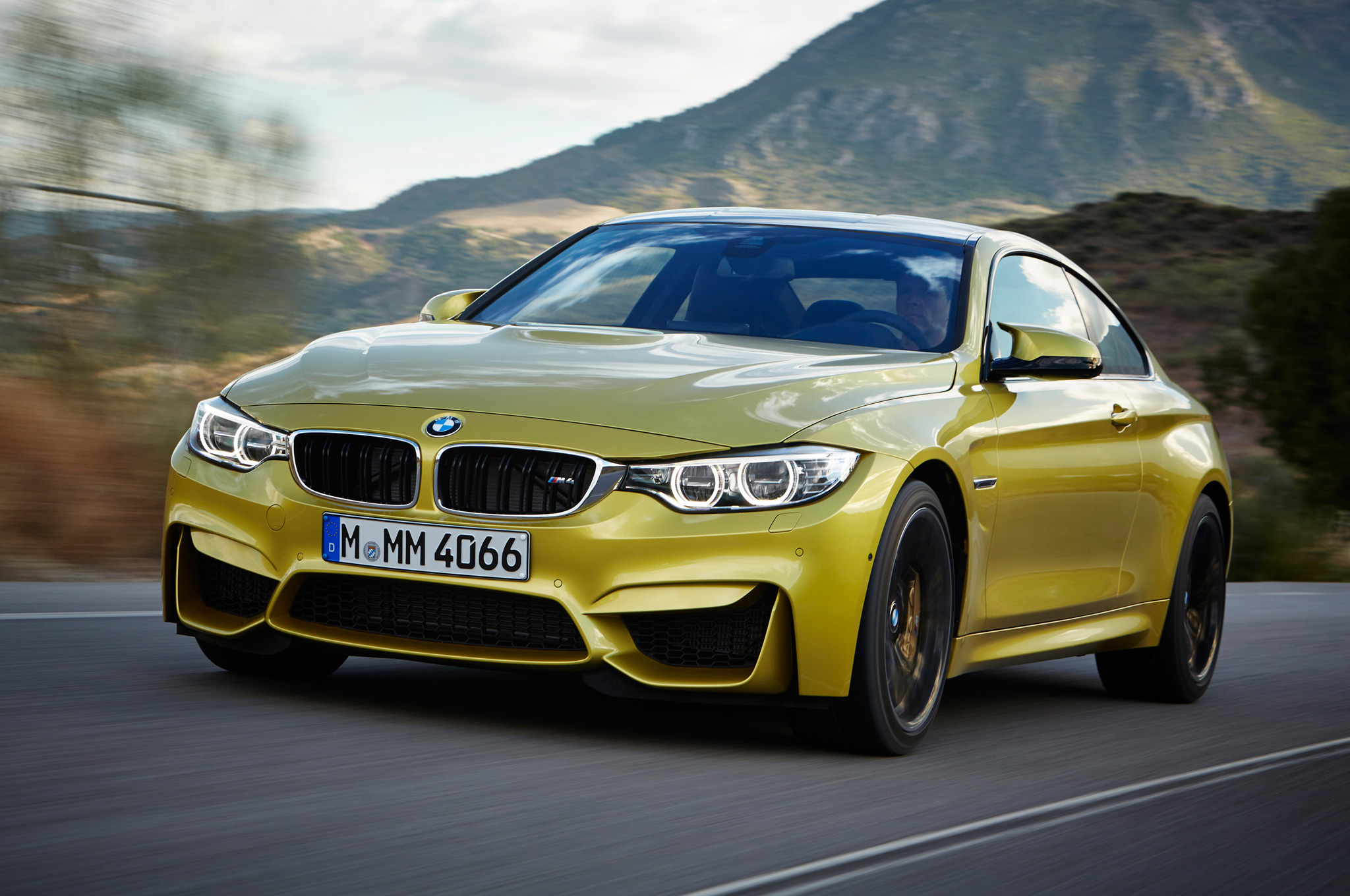 Yourcarspecs 2015 Bmw M4 Review Specs And Price
